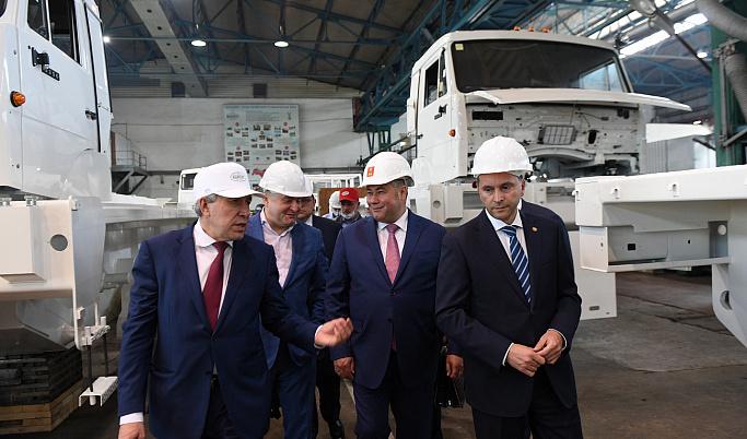 В Кимрах Игорь Руденя и Дмитрий Кобылкин посетили предприятие «Геосвип»